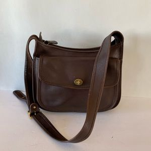 Vintage Coach Brown Leather Taft Crossbody 9980